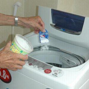 Dùng bột giặt thích hợp