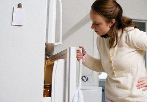 Đệm cao su của cửa tủ không khít